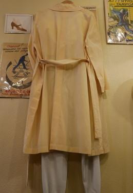 CHANEL silk coat_f0144612_20235601.jpg
