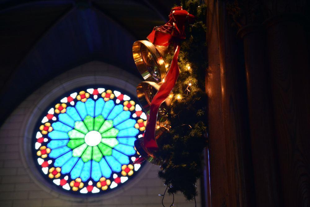 聖ザビエル天主堂内のクリスマスイルミネーション2019(遅まきですが)_e0373930_20591833.jpg
