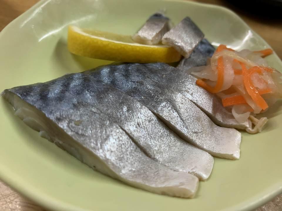 西梅田の居酒屋「ウエダ酒店」_e0173645_07334190.jpg
