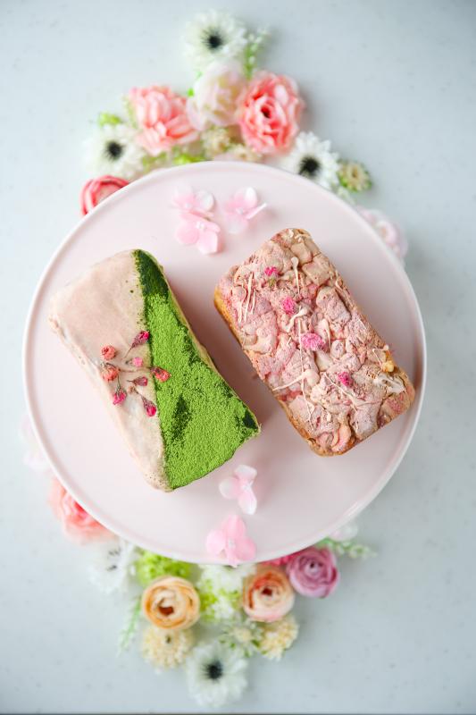 cottaさんのお菓子 「 桜のガトーショコラ 」_d0034447_19543593.jpg