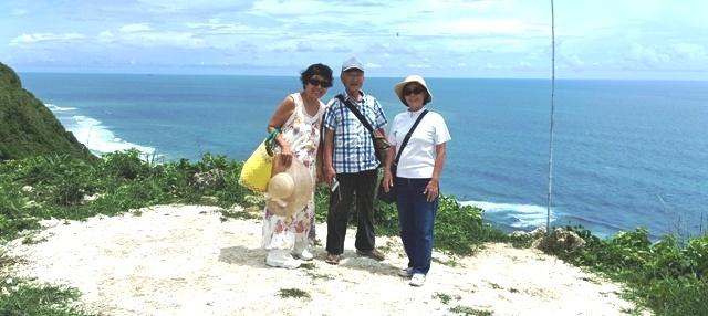 友人をウルワツの三つのビーチに案内する_d0083068_12221176.jpg
