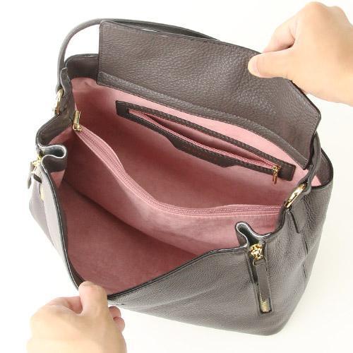 個性的な女性のためのおしゃれなバッグ~❤_f0029571_01051082.jpg