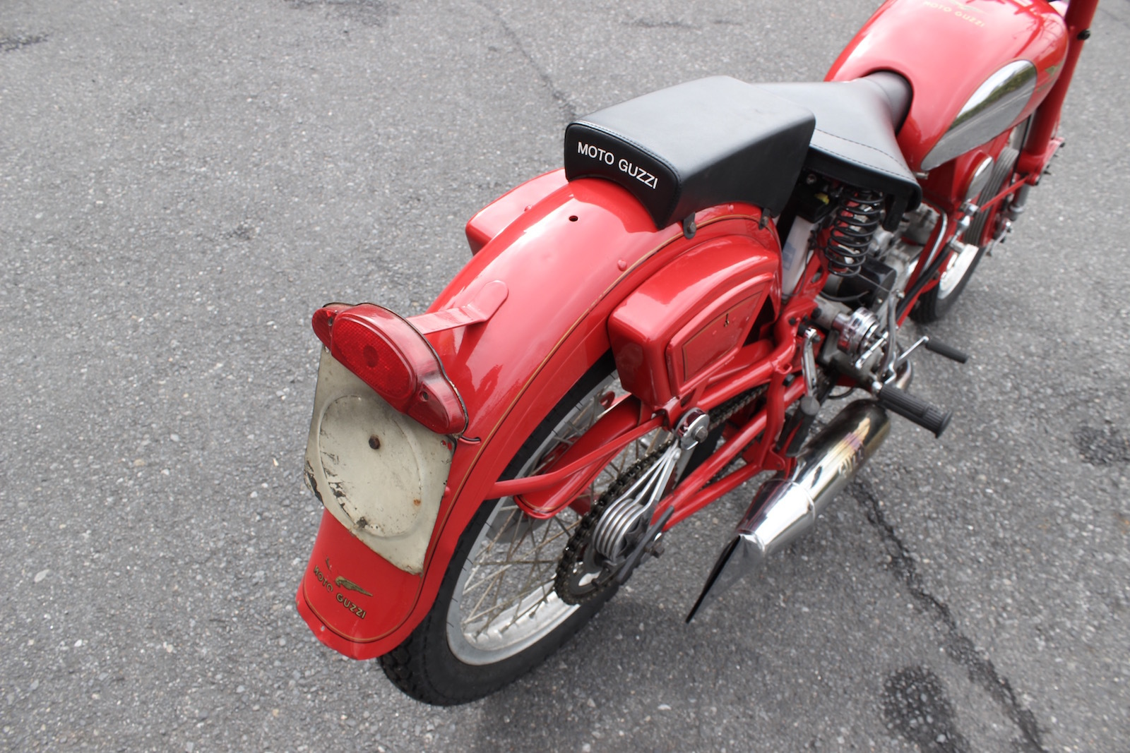 Moto Guzzi Airone Sport 入荷。_a0208987_11325911.jpg