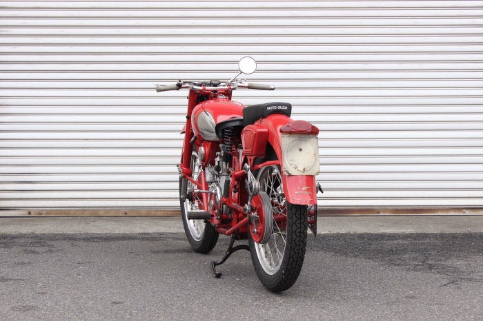 Moto Guzzi Airone Sport 入荷。_a0208987_11330978.jpg