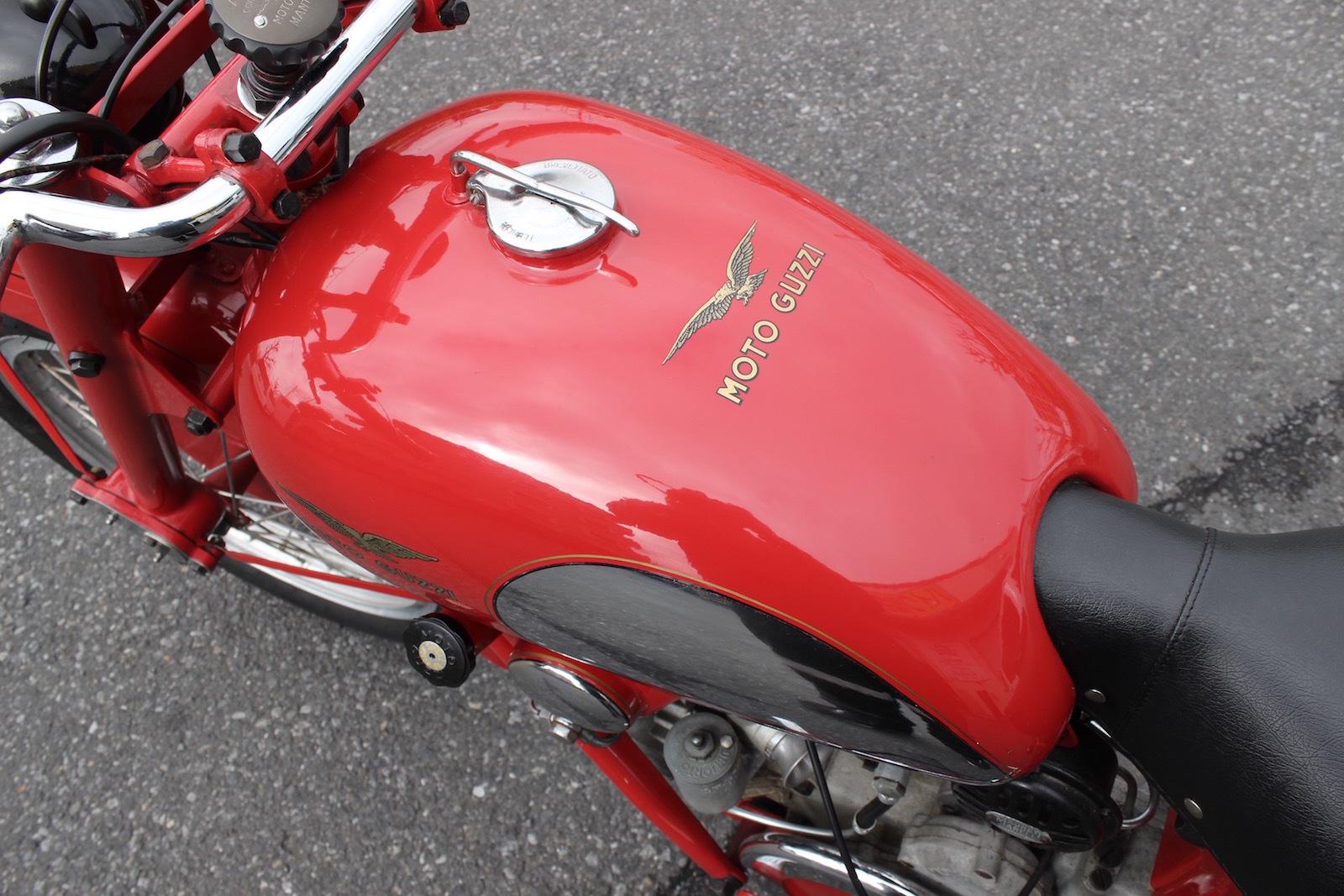 Moto Guzzi Airone Sport 入荷。_a0208987_11332858.jpg