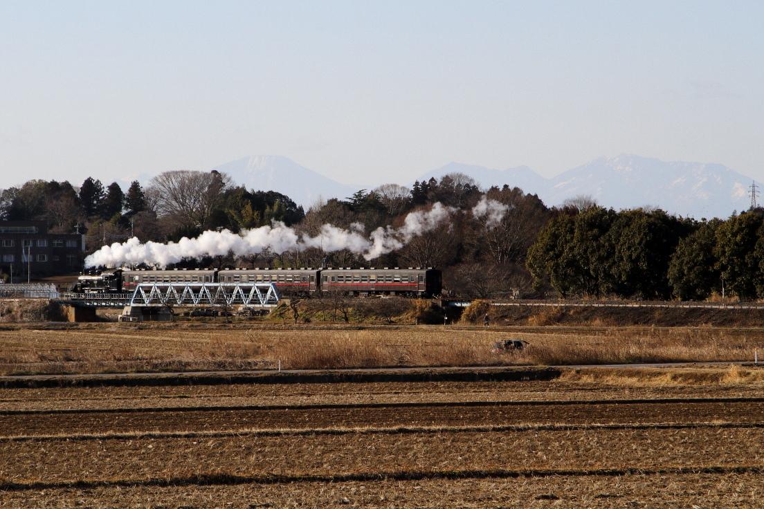 男体山をバックに機関車が光る - 2020年・真岡鉄道 -_b0190710_20001092.jpg