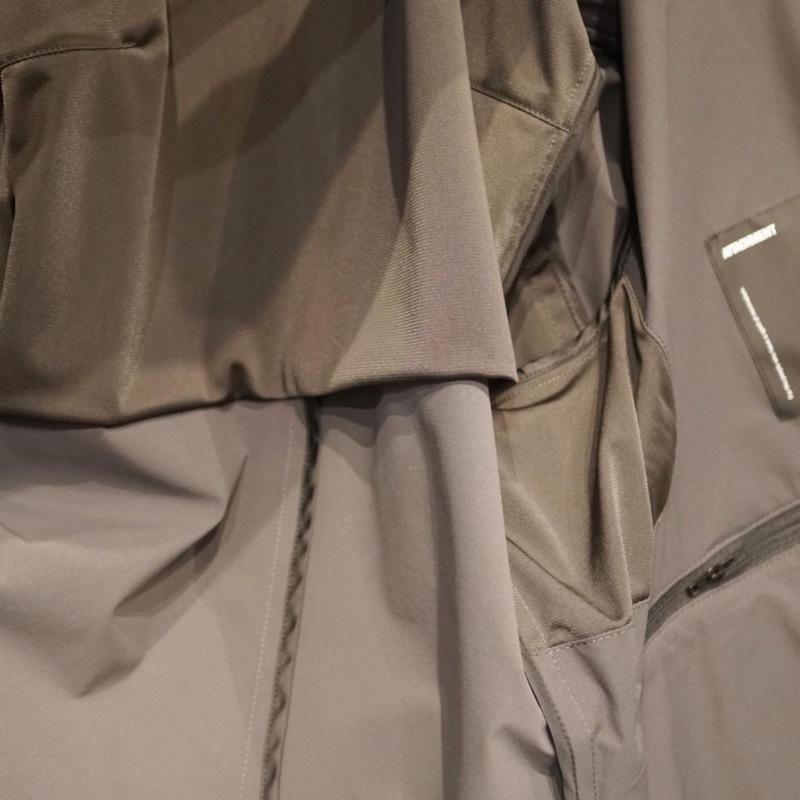 服は裏を見るとさらにわかる。_a0155932_22122058.jpg