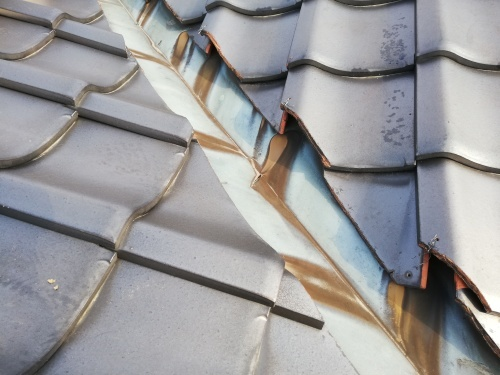 笛吹市 銀黒の屋根 其の二_b0242734_22445636.jpg