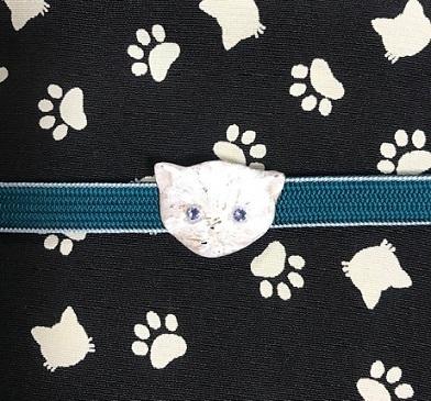 新年会・素敵な訪問着に夾纈(きょうけち)刺繍帯・猫の日_f0181251_16322015.jpg