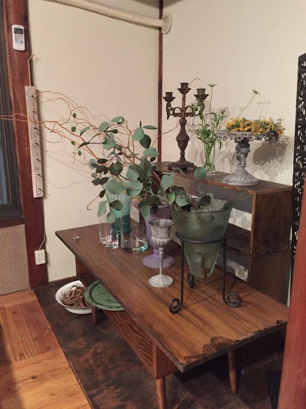 イカシタ壁(珪藻土)と作品展示と TANEYA2階 なごみの華 _c0074553_10281472.jpg