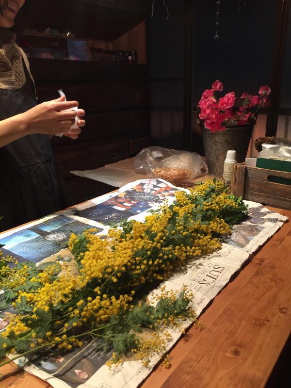 イカシタ壁(珪藻土)と作品展示と TANEYA2階 なごみの華 _c0074553_10281477.jpg
