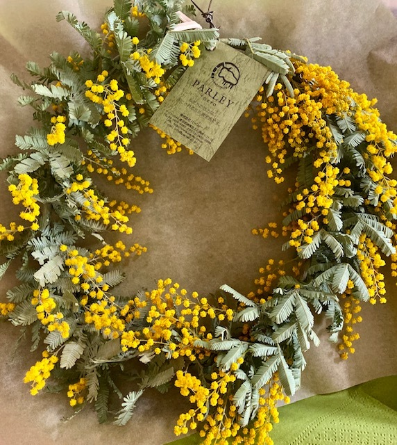 Mimoza wreath お嫁さんに春をプレゼント♪_a0165160_20544295.jpg