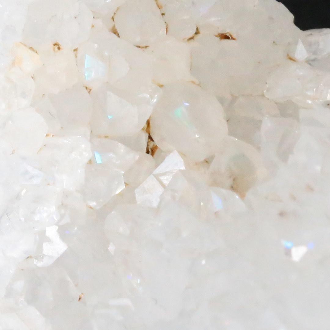 まるでオパールの遊色効果のような輝きを見せるレインボークォーツ原石インド産_d0303974_13192403.jpg