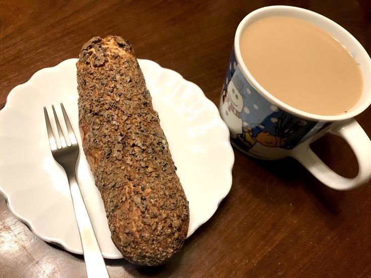 朝ごはんは シュークリーム!!_c0212604_6251020.jpg