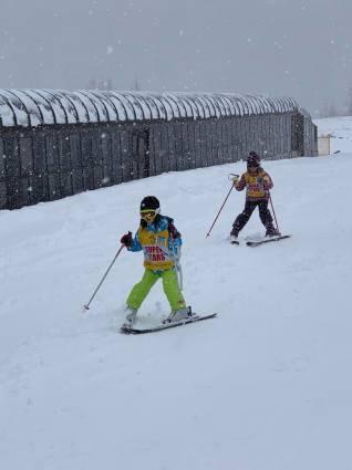 雨だけど滑る雪_a0150315_08173674.jpg
