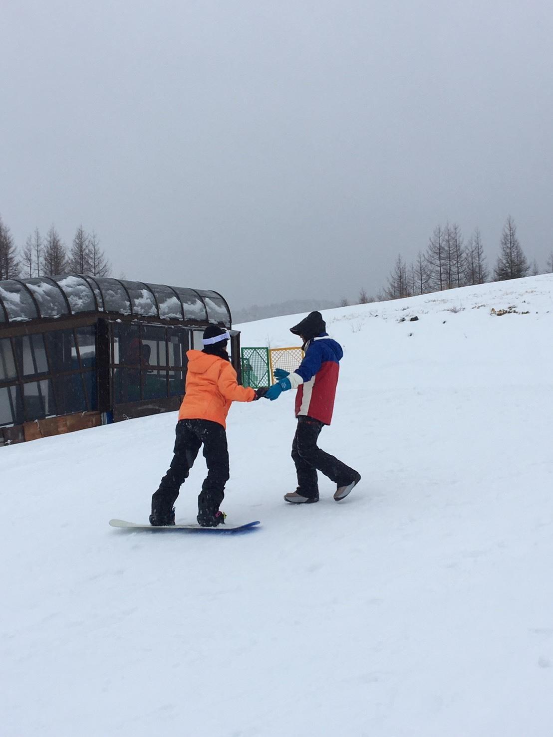 雨だけど滑る雪_a0150315_08185074.jpg