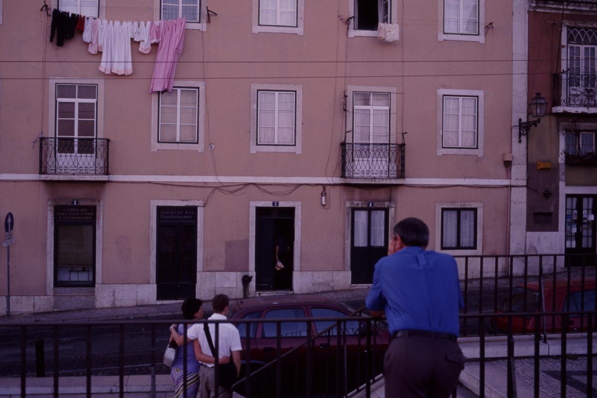 【大陸横断2000その34】リスボン  サウダーデの町_b0061717_01295738.jpg