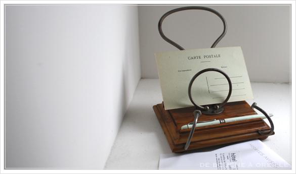porte lettre et crayon en bois 古い木製のレターラック・ペントレー イギリスアンティーク_d0184921_16121741.jpg