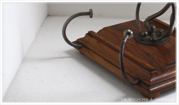 porte lettre et crayon en bois 古い木製のレターラック・ペントレー イギリスアンティーク_d0184921_16375925.jpg