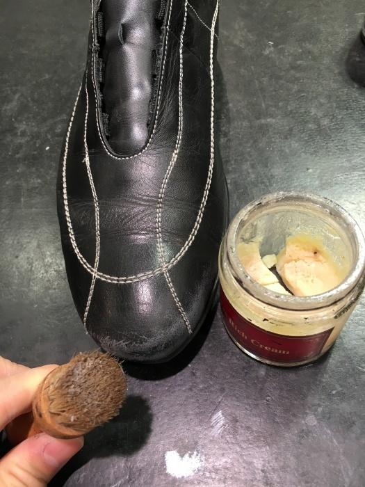 ちょっと待って、その黒靴の補色_b0226322_11251636.jpg