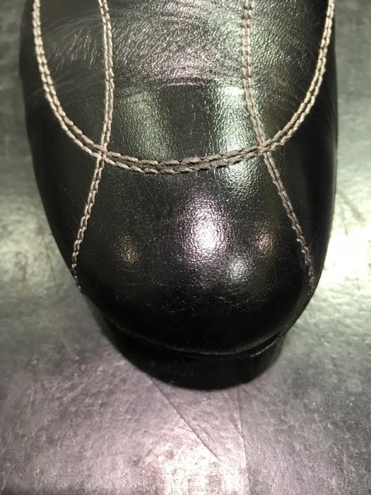 ちょっと待って、その黒靴の補色 その②_b0226322_12030747.jpg