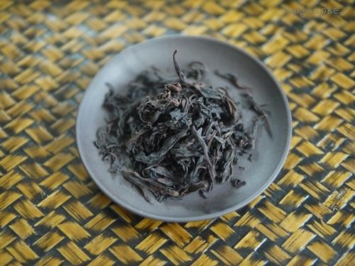 岩茶の力強さ 鉄羅漢_a0169924_22510147.jpg
