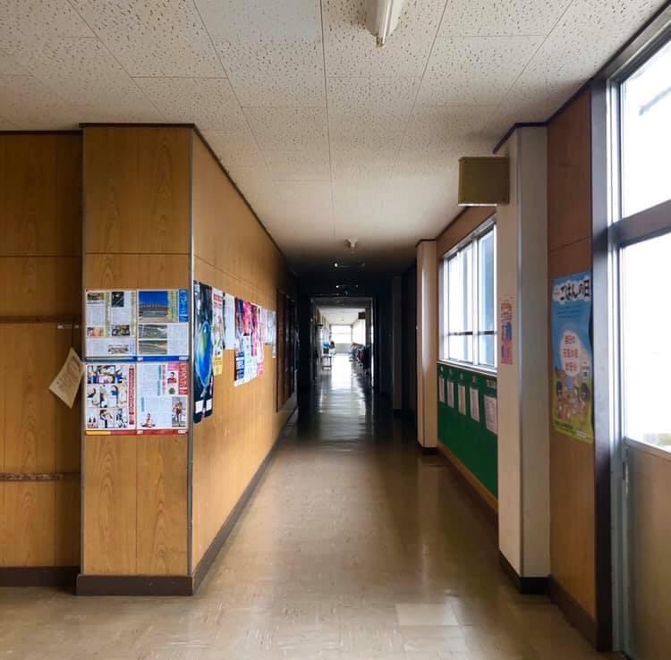 八郎潟小学校へ_e0197227_14435275.jpeg