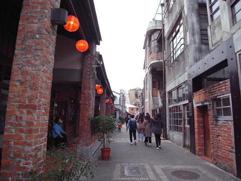 台湾訪問録(5)~剥皮寮_b0145843_17175289.jpg