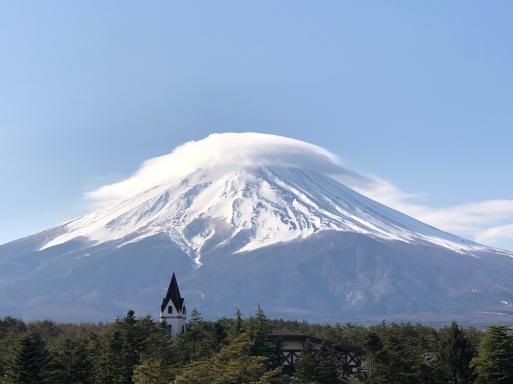 晴れの日も、雨の日も、見えても見えなくても、富士山はそこにある。_d0057843_22521118.jpg