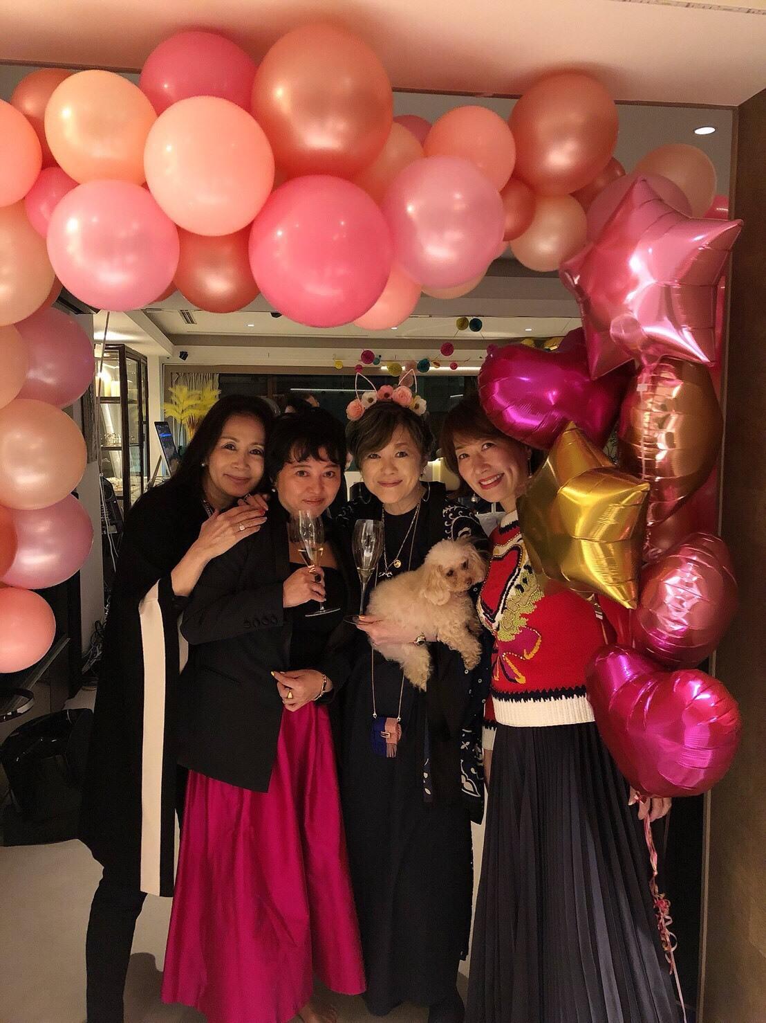 皆川じゅんちゃん50th Birthday Party@キング宅♪_d0339889_14535298.jpg