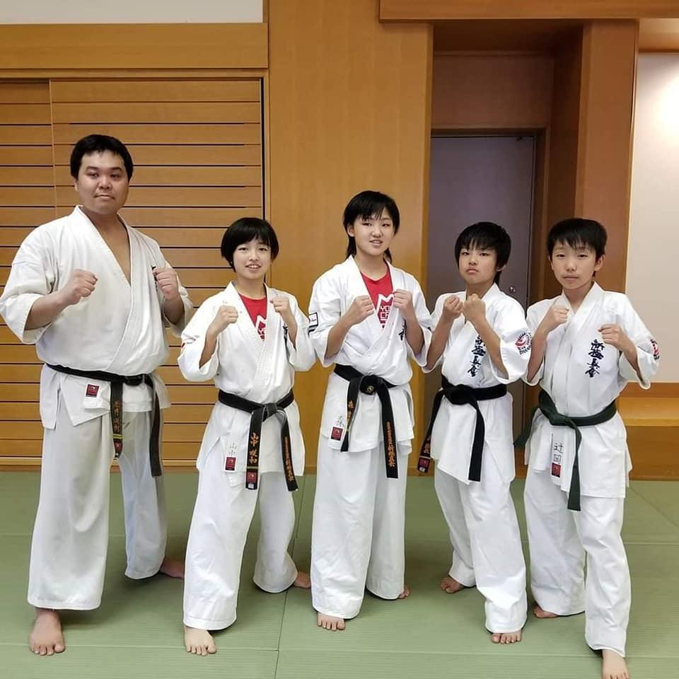 愛媛本部の少年クラスと一般部の指導でした。_c0186691_16283054.jpg
