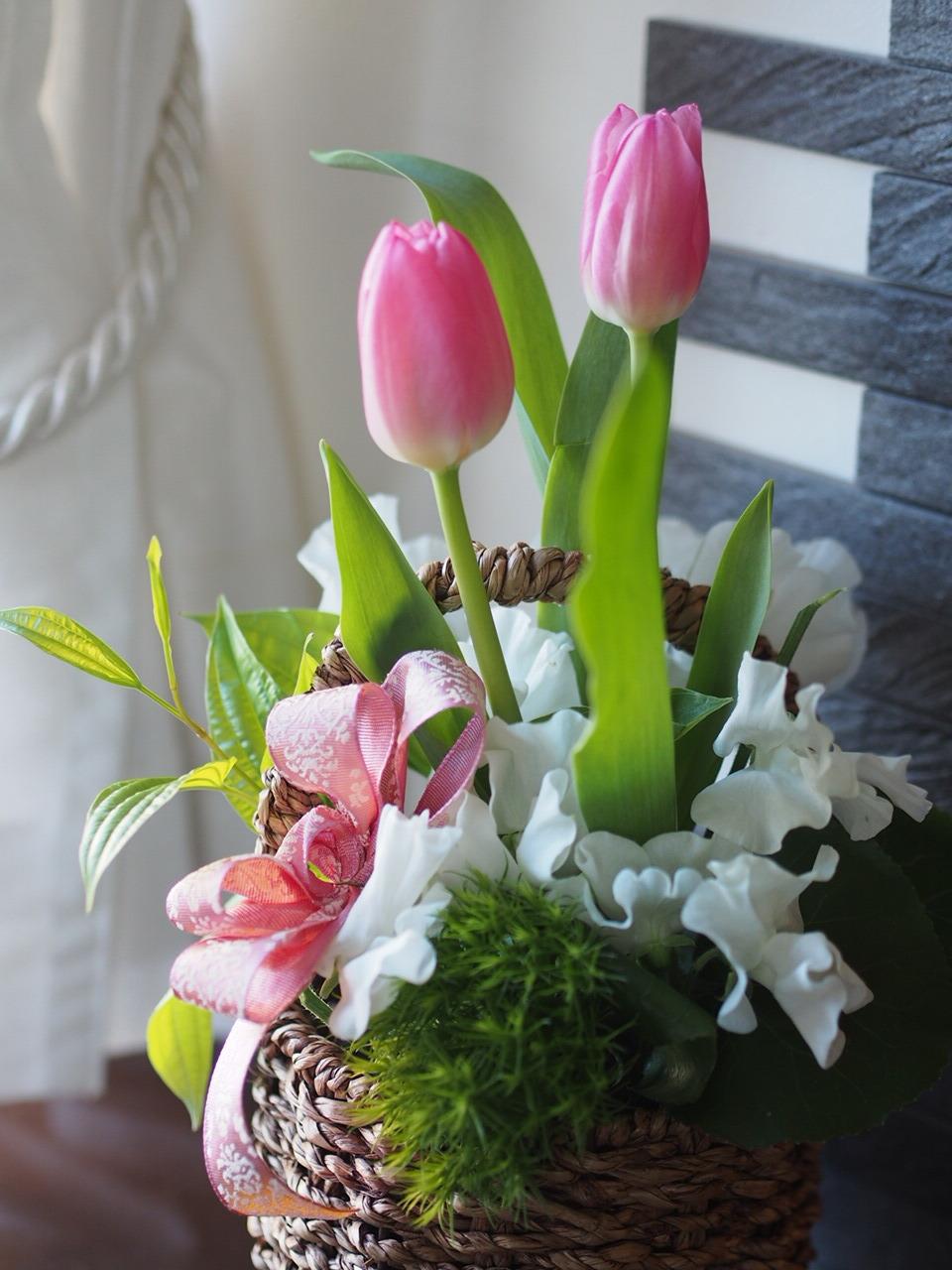 春のお花アレンジメントつづきます_d0144095_16053316.jpg