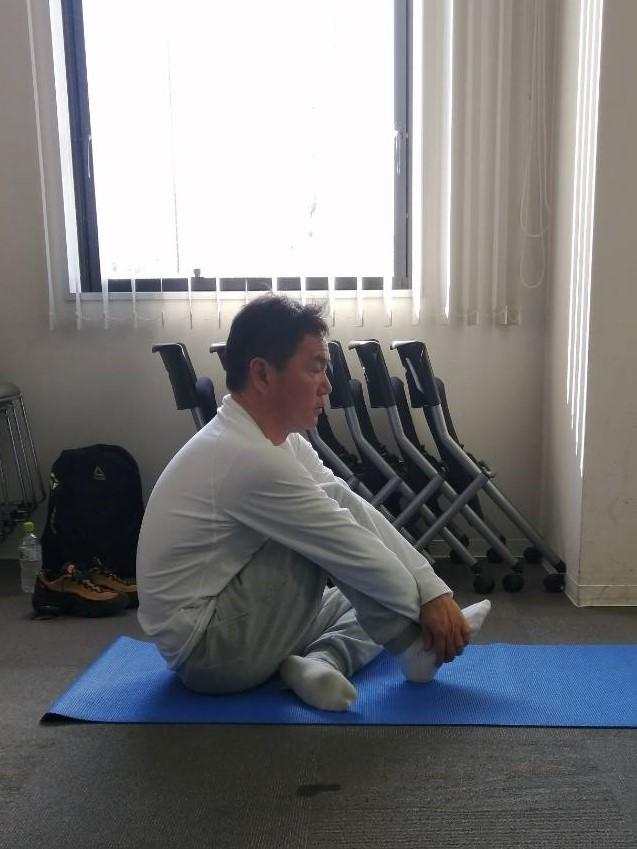 体を整えるために柔軟性を高める(準備運動⑨)_d0358103_18491692.jpg