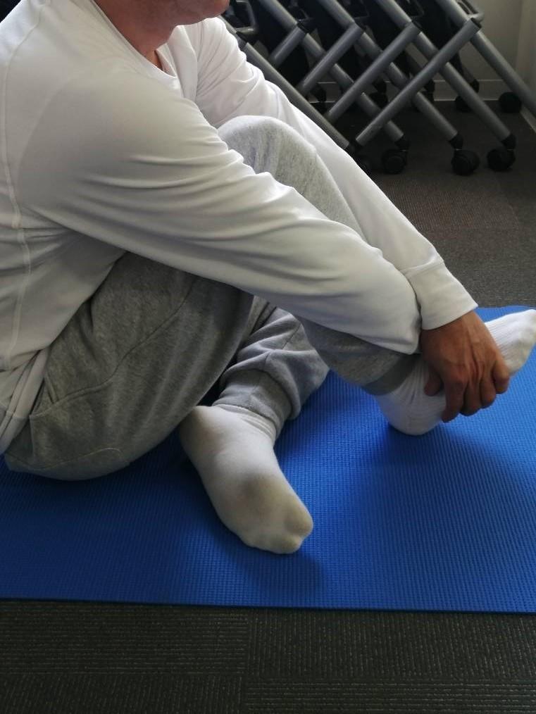 体を整えるために柔軟性を高める(準備運動⑨)_d0358103_18491940.jpg