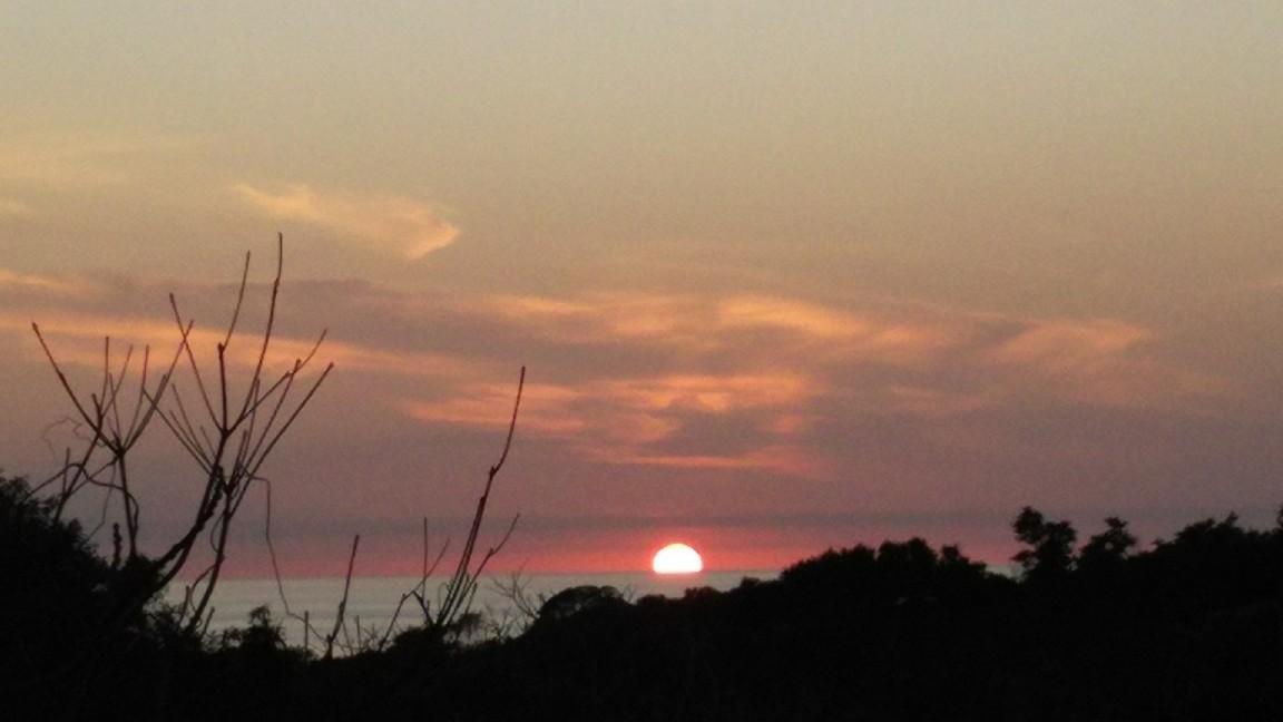 2月24日 夕日を見送って。_a0204408_19572469.jpg