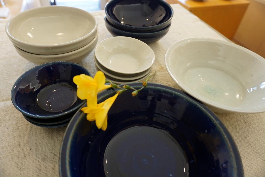 臼田けい子さんの瑠璃といす灰釉のうつわ 届きました_b0132442_14283314.jpeg