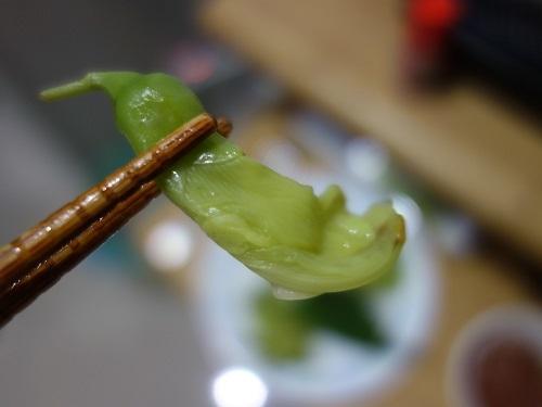 野菜天ぷらと茹で野菜、首曲り魚プラー・トゥー、そしてナムプリック・カピで大満足_c0030645_16335970.jpg