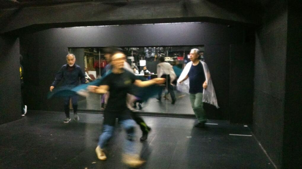 ラインダンスに歌合戦!_a0132151_21182463.jpg