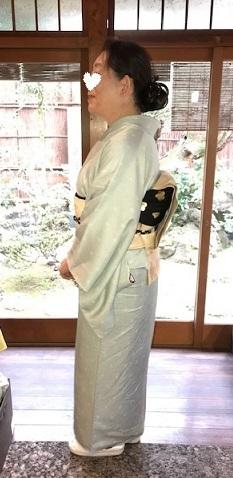 新年会・ご自分で仕立てられた着物に、宝尽くしの八掛。_f0181251_19072972.jpg
