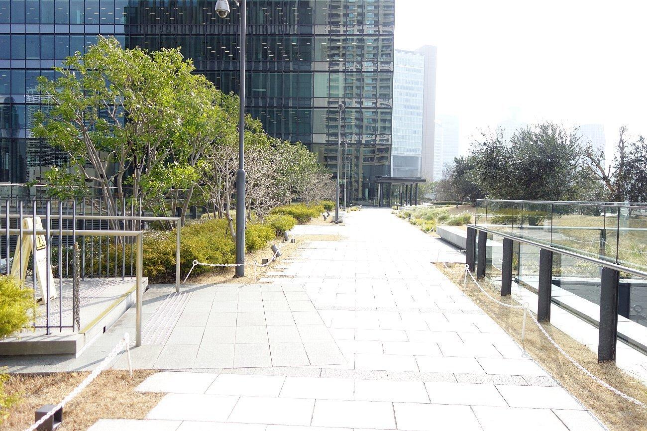 グランフロント大阪 北館(タワーB & C)_c0112559_08163341.jpg