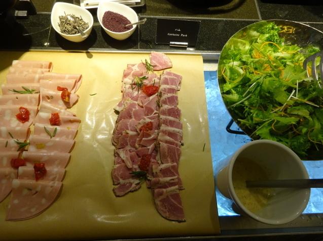 奥さんの名古屋 ~ 「ヒルトン名古屋」の続き、ラウンジ朝食、フィットネス_b0405262_05171842.jpg