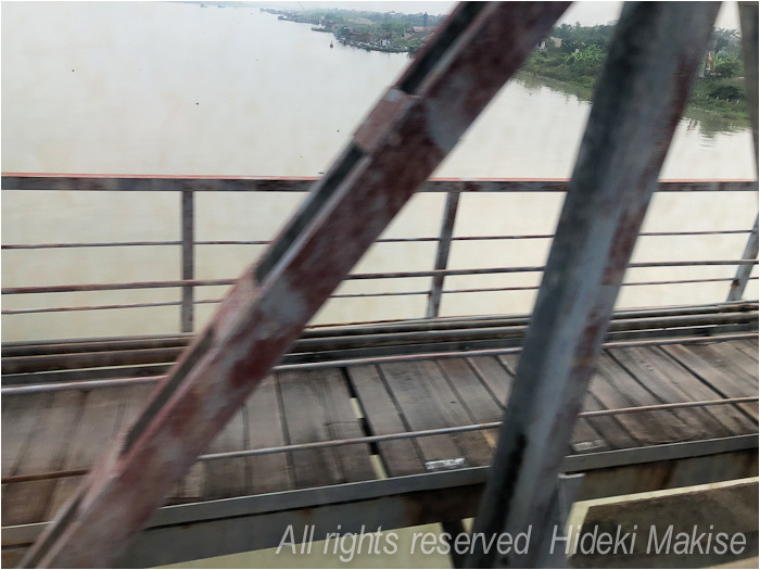 インドシナ周遊の旅 Ⅱ(14)ハイフォン(1)列車で_c0122685_19244455.jpg