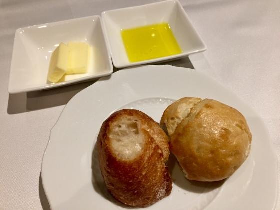 ホテルの夕食_a0258686_11574903.jpeg