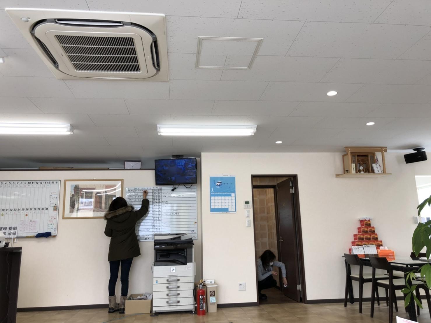 2月25日(火)本店ブログ♪ アルファード2.5S 4WDあります💛 ランクル ハマー アルファード_b0127002_19135788.jpg