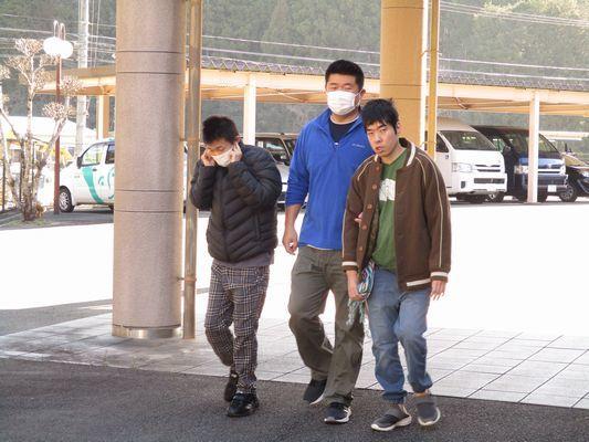 2/24 日中活動_a0154110_13034372.jpg
