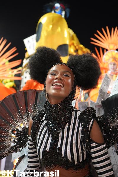 【速報◉最終日】 #リオのカーニバル 2020 #CarnavalRIO #ブラジル #Carnaval #Samba #Brasil_b0032617_20243869.jpg
