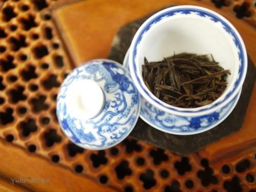 愛おしく茶葉を愛でる_a0169924_16372990.jpg