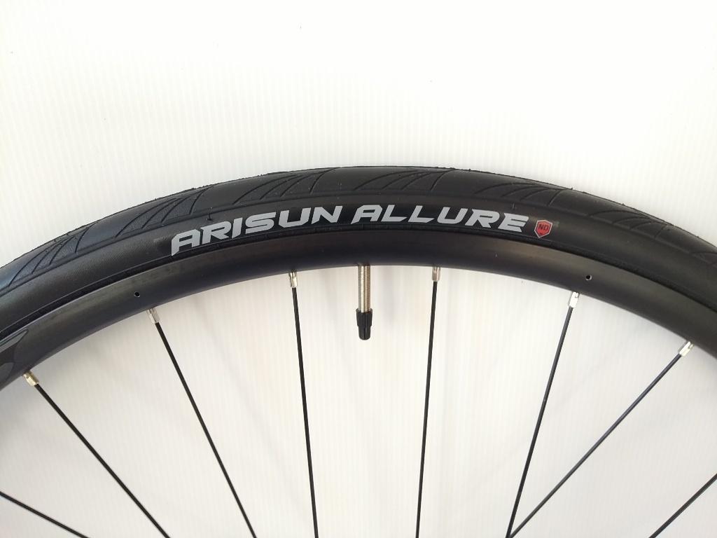 ARISUN(アリスン)ロード用タイヤ&チューブ①_a0386742_11002703.jpg