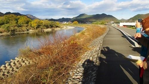 横越と道塚堤(どうづかてい)_f0197754_17245681.jpg