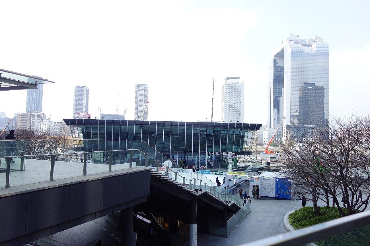 グランフロント大阪 うめきた広場_c0112559_08494757.jpg